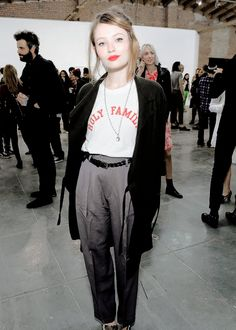 Emily Browning - Page 30 - the Fashion Spot