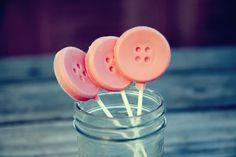 button lollies, perfect for a Coraline birthday theme (Hope my 10 year old will go for it this year)