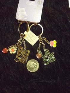 new Big Sis Lil Sis best friends key chains set of 2 BFF jewelry #Claires