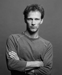 Stephen Moyer play's Bill Compton,Who End's up killing Sophia-Ann,who was the Queen of Louisiana.After Sophia-Ann is dead Nan point's Bill as the New King of Louisiana in HBO's hit T. Black And White Portraits, Black And White Pictures, Jeremy Sisto, Hbo Tv Series, Handsome Actors, True Blood, Gorgeous Men, Beautiful People, Celebrity Crush