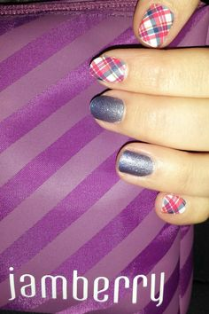 Jamberry, Highlander and serenity ombre nail wraps Ombre Nail, Nail Wraps, Jamberry, Fun Nails, Serenity, Nail Designs, Nail Desighns, Gradient Nails, Funny Fails