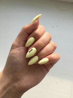 How to choose your fake nails? - My Nails Almond Acrylic Nails, Summer Acrylic Nails, Best Acrylic Nails, Pastel Nails, Yellow Nails, Pastel Art, Spring Nails, Nail Summer, Green Nail