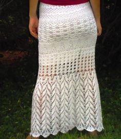 Mais uma novidade saia longa de crochê para esse verão.      Através deste gráficos que surgiu esta saia, que tal tentar???  Depois conta ...