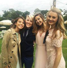 Ingrid Nilsen, Hannah Hart, Zoe Sugg and Niomi Smart posing.