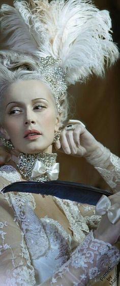 petitbonbon05:  Marie Antoinette Style