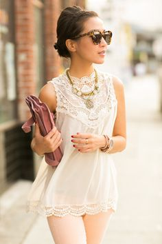 Sick Day :: Vintage Lace & Glitter Pumps ( Lace Shirts & Blouses & Leggings )