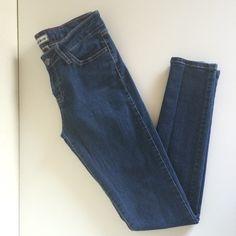 BUNDLEDCello Denim Super Skinny Jeans Very stretchy super skinny denim jeans. Used but still in a decent condition. Cello Pants