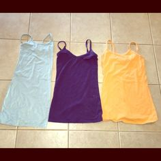 BKE tank bundle size XS S M all fit like small/med Cute tanks from BKE, size XS,small, and med. all in perfect condition and they all fit about the same. Someone who wears small or Med could fit BKE Tops Tank Tops