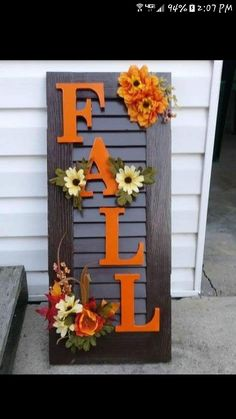 26 Favorite DIY Fall Decorating Ideas * in the pays-des-fleu . - 26 Favorite DIY Fall Decorating Ideas * the country-of-fleu … - Diy Home Decor Rustic, Fall Home Decor, Fall Decor For Porch, Fall Decor Outdoor, Holiday Decor, Shutter Decor, Thanksgiving Diy, Porch Decorating, Decorating Ideas