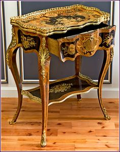 French Interiors, Vanity Bench, Antique Furniture, French Antiques, Table, Accessories, Home Decor, Decoration Home, Room Decor