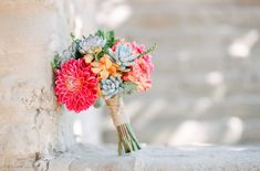 #coisinhasqueamamos: Buquê de noiva com suculentas   Blog do Casamento