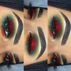 Christmas eye makeup - weihnachten augen make-up - maquillage des yeux de noël - maquillaje de ojos de navidad - eye makeup natura. Makeup Goals, Makeup Inspo, Makeup Art, Makeup Inspiration, Beauty Makeup, Makeup Ideas, Makeup Salon, Makeup Studio, Christmas Makeup Look
