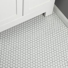 Merola Tile Hudson Penny Round Matte White 12 in. x 5 mm Porcelain Mosaic Tile sq. / - The Home Depot Modern Master Bathroom, White Bathroom, Small Bathroom, Minimalist Bathroom, Dream Bathrooms, Penny Tile Floors, Bathroom Floor Tiles, Wall Tile, Bathroom Cabinets