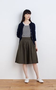 MUJI | WOOL SILK WASHABLE CREW NECK CARDIGAN | OGC STRETCH CREW NECK L/S T SHIRT (BORDER) | OGC DUMP EASY TUCK GATHER SKIRT | LEATHER LACE-UP SHOES