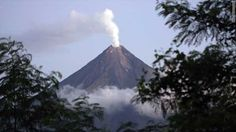 chile volcano time laps - Google Search