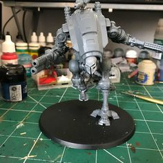 Some wip shots of my #armiger #warglaives #luciusforgeworld #paintingwarhammer #imperialknight #houseorhlacc #gw #gamesworkshop