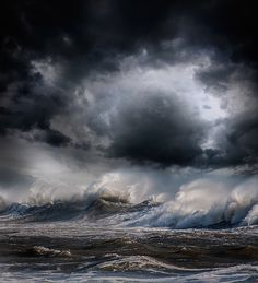 Striking Seascapes Capture the Remarkable Power of Nature