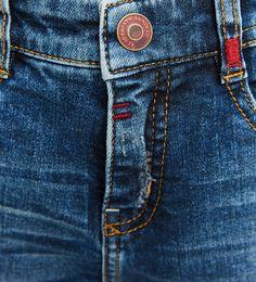 Jeans with patch on back Jeans Zara, Denim Jeans Men, Jeans Pants, Zara Men, Blue Jean Dress, Types Of Jeans, Patterned Jeans, Denim Ideas, Girls Jeans