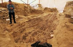Unique #Discovery Made in #Egyptian #Necropolis: #Archaeologists Uncover a 4,500-Year-Old Funerary Boat Alongside #Tomb of Unknown Elite, Who Was Not part of the Royal Family