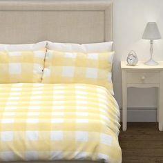 Gorgeous sunshine yellow is an uplifting hue to refresh any bedroom, creating relaxed spaces that invite you to unwind. The Cora Check is effortlessly stylish, and it is made from pure cotton for breathable comfort. Pastel Bedroom, Inviting Home, Duvet Cover Sets, Childrens Room Decor, Kids Corner, Sweet Style, Other Rooms, Home Projects, Bedding Sets
