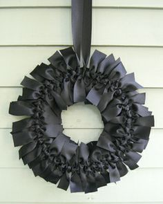 ribbon wreath -- simple but so classy