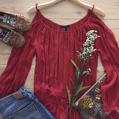 Forever21 Cold Shoulder Top  Sweet bare shoulder rusty red long sleeve top with crocheted elastic. 100% rayon. Drapes beautifully.  In like new condition. Forever 21 Tops