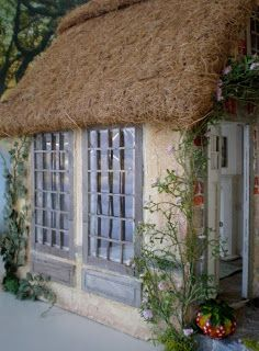 Cinderella Moments: Marie Antoinette Cottage Dollhouse. Thatched roof? No problem