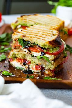Healthy Dinner Recipes, Vegetarian Recipes, Cooking Recipes, Vegetarian Sandwiches, Going Vegetarian, Healthy Panini Recipes, Vegetarian Panini, Dessert Healthy, Vegetarian Breakfast