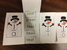 Students sort the words by long vowel sound, highlight the vowel team or silent e vowel pattern, and glue. Teaching Phonics, Kindergarten Literacy, Early Literacy, Teaching Reading, Learning, Vowel Activities, Teaching Activities, Teaching Ideas, Winter Activities