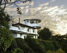 Finca Rosa Blanca Country Inn Costa Rica, but also links to many Swiss, Patagonia and other eco resorts