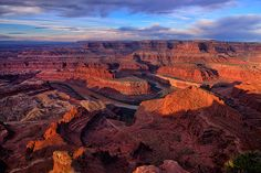 Canyon Sunrise from Dead Horse Point in #Canyonlands National Park by Greg Norrell #photography #Utah