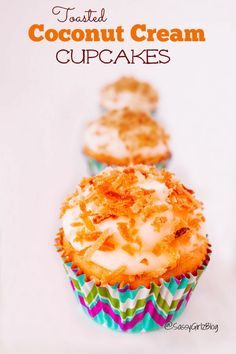 Toasted Creamy Coconut Cupcakes | Sassy Girlz Blog