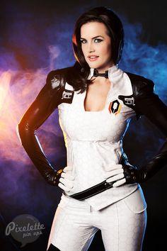 I'm Commander Shepard, and i got the heebie jeebies for Miranda
