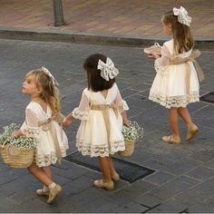 Cute Lace Dresses, Cute Flower Girl Dresses, Lace Flower Girls, Floral Lace Dress, Lace Flowers, White Dress, Floral Sleeve, Cotton Dresses, Rustic Flower Girls