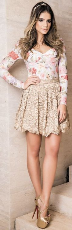 Floral Bodysuit + Beige Lace High Waisted Skirt
