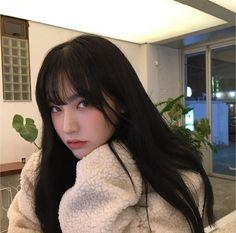 Korean Bangs Hairstyle, Hairstyles With Bangs, Pretty Hairstyles, Pelo Retro, Japonese Girl, Pretty Korean Girls, Uzzlang Girl, Aesthetic Hair, Mode Outfits
