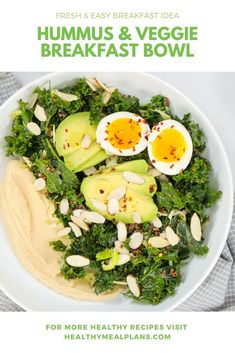 This hearty breakfast bowl is loaded with healthy fats and protein and is guaranteed to keep you full until lunch! Sweet Potato Curry, Sweet Potato Toast, Breakfast Salad, Breakfast Bowls, Healthy Eating Tips, Healthy Recipes, Healthy Fats, Healthy Hearty Breakfast, Healthy Life
