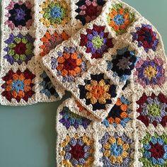 Multi coloured baby blanket in cotton #crochet #crocheted #crochetersofinstagram #crochetaddict #yarn #yarnaddict #handmade #craftastherapy #woolwarehouse #etsy #etsyseller #etsyhandmade #etsysellersofinstagram #hechoamano #hechoamanoenespaña #handmadewithlove #handmadeisbetter #handmadeblanket #crochetblanket #babyblanket #etsybaby #etsygift #babygift #newbaby #newbabygift #owndesign #dropsmuskat #grannysquare #grannysquareblanket