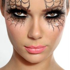 Sp-eye-der webs: | 16 Super-Last-Minute Halloween Costume Ideas