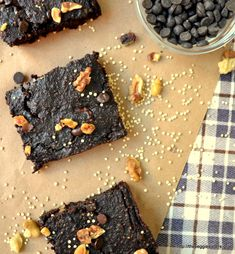 An amazing vegan chocolate brownies with a secret ingredient! No one can resist to this scrumptious treat! Vegan Chocolate Brownies, Sugar Free Pudding, No Bake Brownies, Vegan Baking, Something Sweet, Healthy Desserts, Quinoa, Sweet Tooth, Sweet Treats