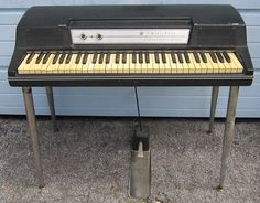Wurlitzer 200A Electric Piano - ray Charles please do me the kindness and play