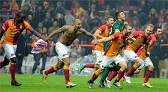 Haberin Ola! | 2012'de Galatasaray - Galatasaray 2012'de ligde şampiyonluğa ulaşırken, Süper Kupa'yı da kazandı.