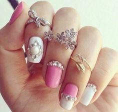 manicure rosita con blanco