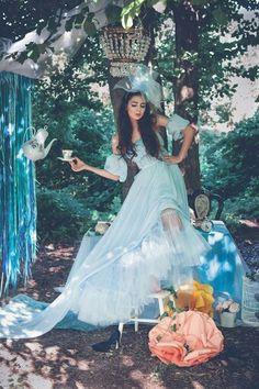 Always loving the brunette stars of fairytails