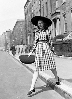 Street Style ~ circa 1940s