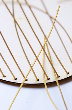 Korbflechten mit Peddigrohr leicht gemacht - Calistas Traum Diy, Baskets, Manualidades, Basket, Natural Crafts, Basket Quilt, Wood Carvings, Turning, Bricolage