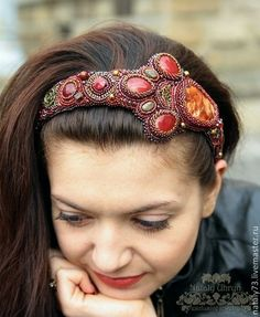 I really like the idea of doing a beaded head band. This one is very pretty