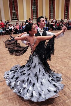 Ballroom dancing couple   #ballroom #dancing  http://marshere.com.au/