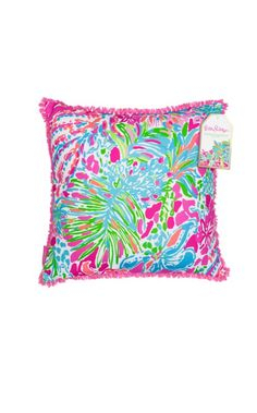 We love throw pillows! This indoor/outdoor square pillow in our Spot Ya print is perfect for a beach house or poolside patio.