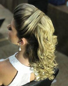 Discover penteadossonialopes's Instagram Bom dia amores❤️❤️ #PenteadosSoniaLopes ✨ . . . #sonialopes #cabelo #penteado #noiva #noivas #casamento #hair #hairstyle #weddinghair #wedding #inspiration #instabeauty #penteados #novia #inspiração #cabeleireiros #lovehair #videohair #curl #curls #noivasdobrasil #vireinoiva #noivassp #noivas2017 #noivas2018 #cabelos #cursosdepenteados 1642730573046211542_1188035779